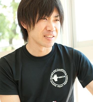 足利市のパーソナルトレーナー小泉智明
